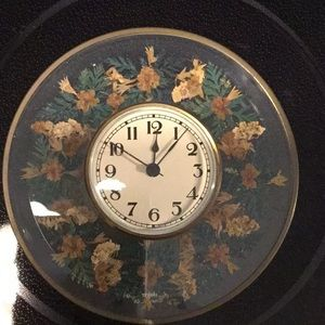 Wildflower & co Vintage Battery Operated Clock